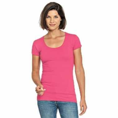 Goedkope bodyfit dames t shirt fuchsia roze ronde hals