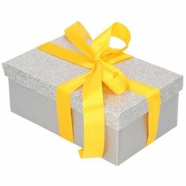 Goedkope cadeau gift box zilver glitter geel kadolint