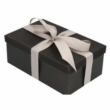 Goedkope cadeau gift box zwart zilverkleurig kado lint