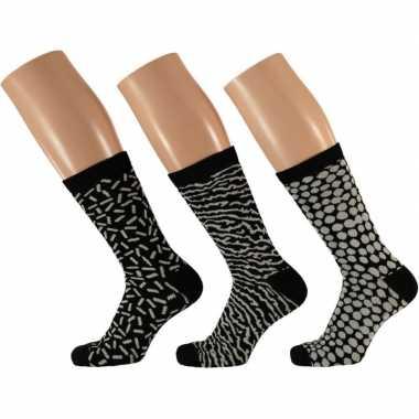 Goedkope dames fashion sokken pak zwart/wit maat type