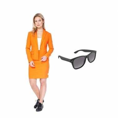 Goedkope dames mantelpak oranje maat (l) gratis zonnebril