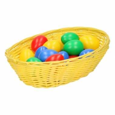 Goedkope geel paasmandje eieren