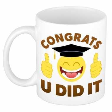 Goedkope geslaagd cadeau mok / beker congrats u did it