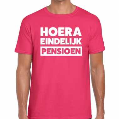 Goedkope hoera eindelijk pensioen t shirt roze heren
