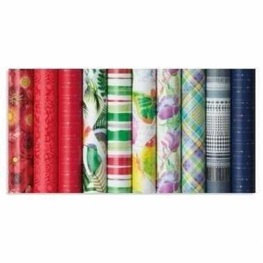 Goedkope inpakpapier/cadeaupapier groen/rood/wit strepen