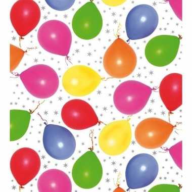 Goedkope inpakpapier/cadeaupapier metallic wit ballonnen