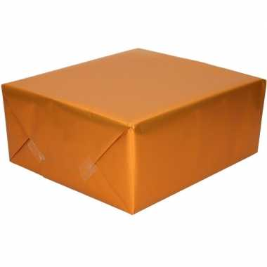 Goedkope luxe inpakpapier/cadeaupapier oranje zijdeglans