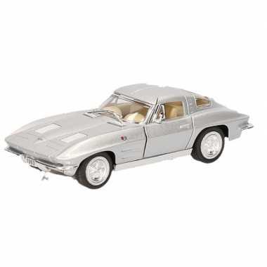 Goedkope modelauto chevrolet corvette zilver
