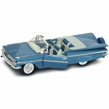 Goedkope modelauto chevrolet impala cabrio :