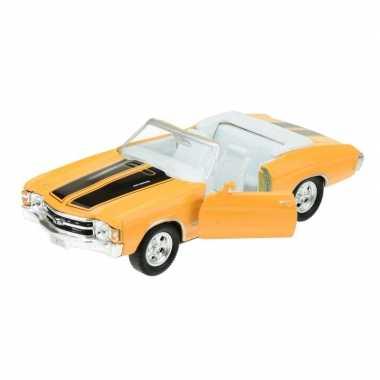 Goedkope modelauto chevrolet oldtimer chevelle geel :