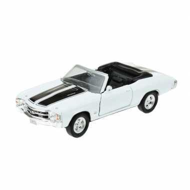 Goedkope modelauto chevrolet oldtimer chevelle wit :