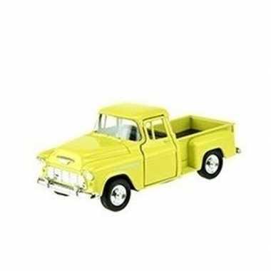 Goedkope modelauto chevrolet stepside geel :