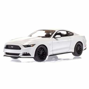 Goedkope modelauto ford mustang gt wit :