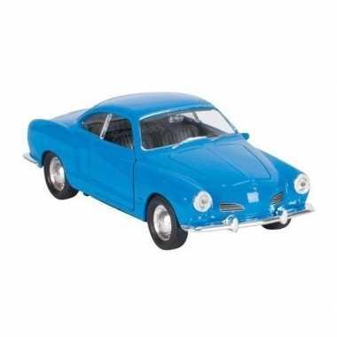 Goedkope modelauto karmann ghia coupe blauw
