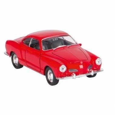 Goedkope modelauto karmann ghia coupe rood