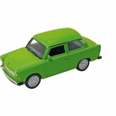 Goedkope modelauto trabant groen