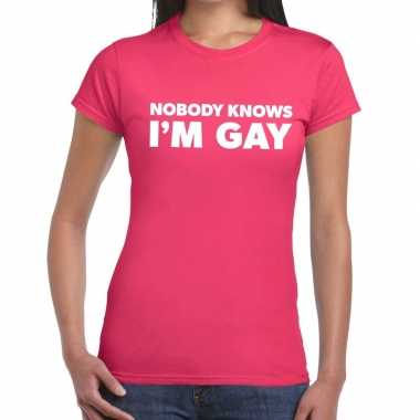 Goedkope nobody knows i am gay gaypride t shirt roze dames