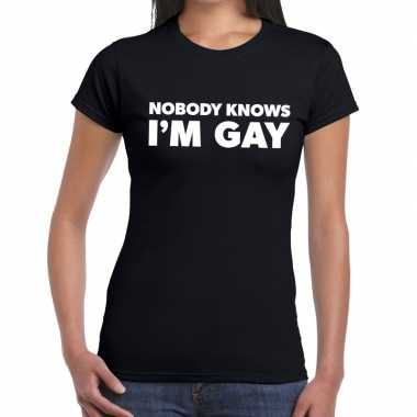 Goedkope nobody knows i am gay gaypride t shirt zwart dames