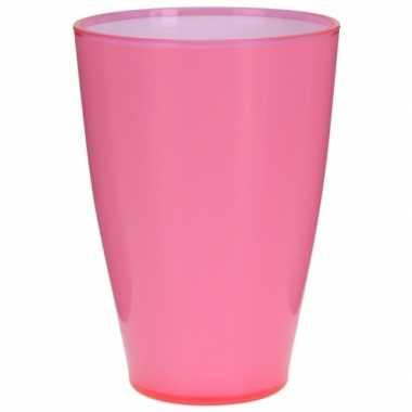 Goedkope roze kunststof drinkbeker