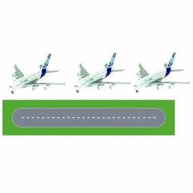 Goedkope speelgoed vliegveld landingsbaan wegplaten set airbus