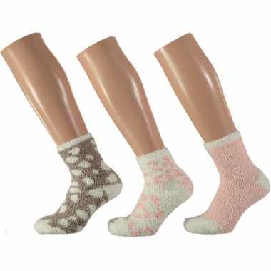 Goedkope x dames bedsokken panter roze/wit maat
