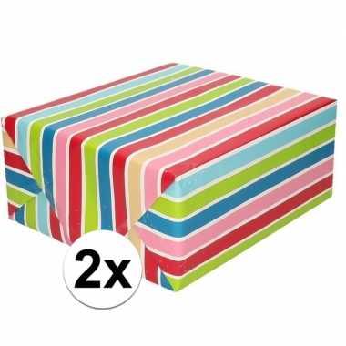Goedkope x inpakpapier/cadeaupapier gekleurde streepjes