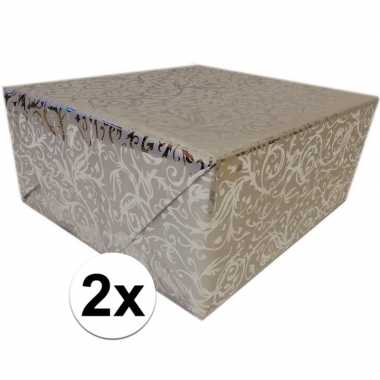 Goedkope x inpakpapier/cadeaupapier zilver klassiek design