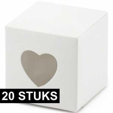 Goedkope x witte cadeaudoosjes hart