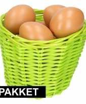Goedkope groen paasmandje eieren naturel