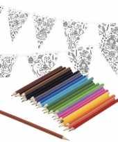 Goedkope knutsel papieren vlaggenlijn om te kleuren m incl potloden