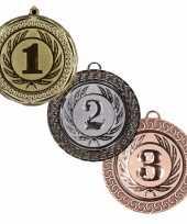 Goedkope medailles set goud zilver brons
