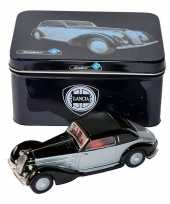 Goedkope modelauto lancia astura zwart zilver