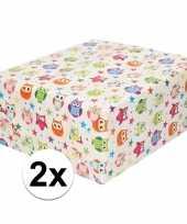Goedkope x inpakpapier cadeaupapier wit gekleurde uiltjes